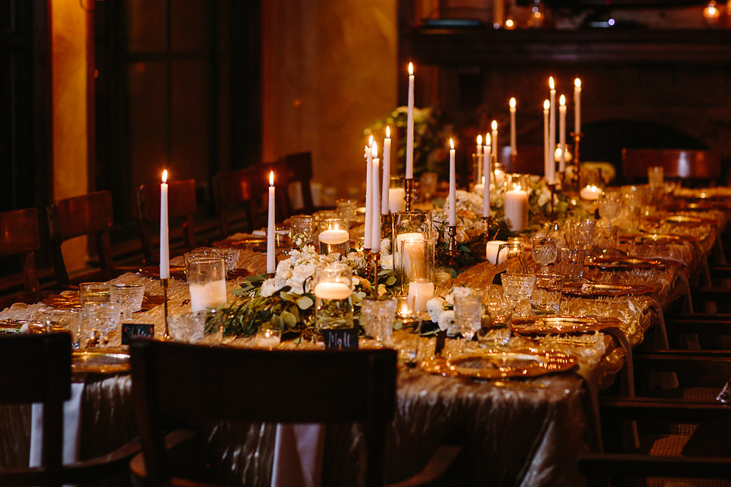 Tablescape designed and set-up by Stonewood Vintage. Linens from La Tavola Fine Linens.